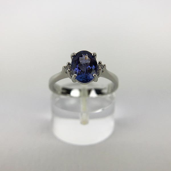 Anello Oro Bianco, Diamanti e Tanzanite Naturale