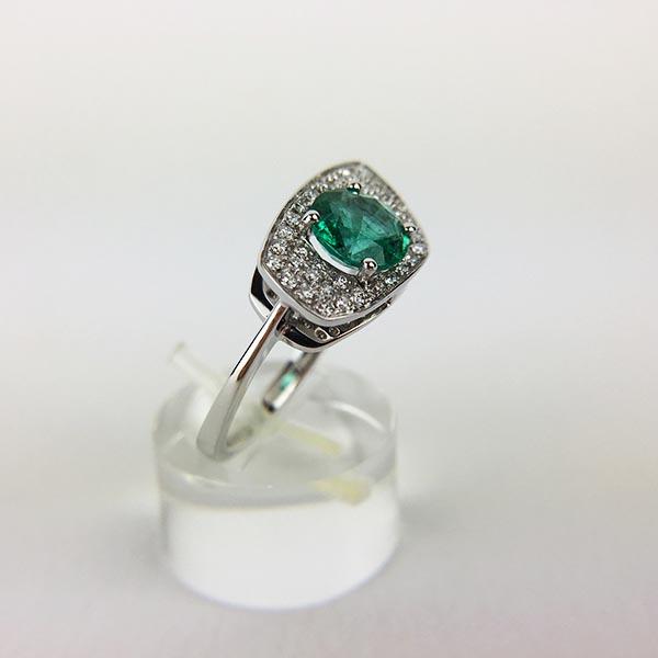 Anello Oro Bianco, Diamanti e Smeraldo Unico