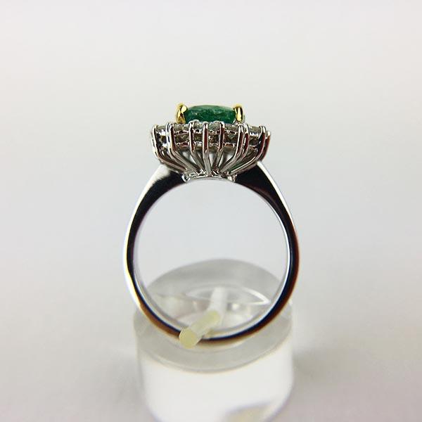 Anello Oro Bianco, Diamanti e Smeraldo